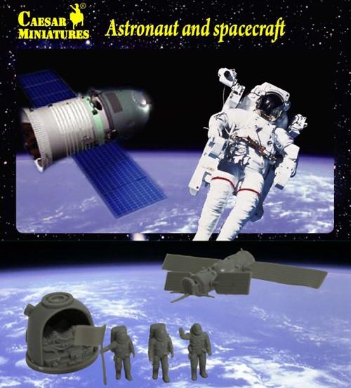 Caesar Miniatures 1/72 Astronauts (3) & Spacecraft (2)