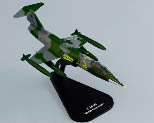 Italeri 1/100 F104G Aircraft (Assembled Die Cast) (D)