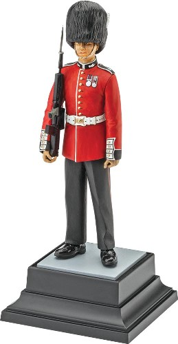 Revell of Germany 1/16 Queen's Guard (Ltd)