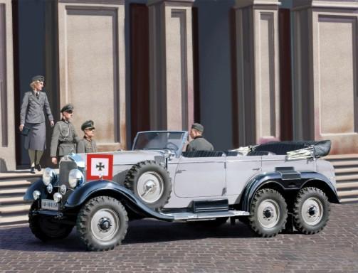 ICM Models 1/35 G4 1939 Production German Staff Car w/4 Figures