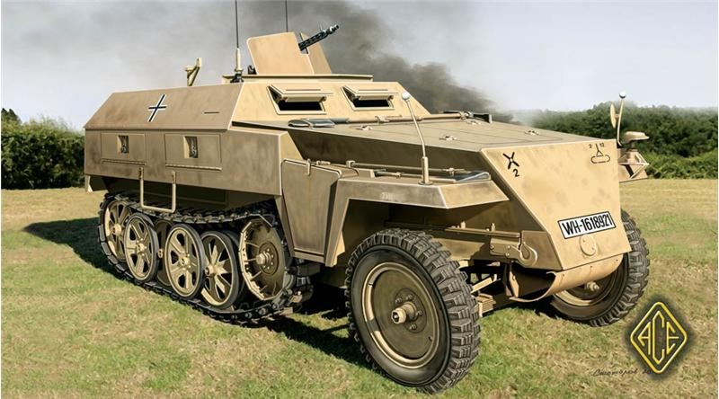Image 0 of Ace Plastic Models 1/72 SdKfz 250/1 (neu) Light Armored Personnel Carrier