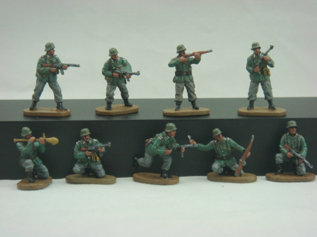 Caesar Miniatures 1/72 WWII Late War German Army (34)