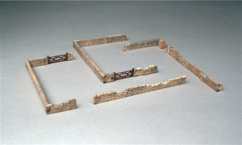 Image 0 of Italeri 1/72 Stone Walls (24 fitted pcs)