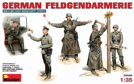 Image 0 of Miniart Models 1/35 German Field Police (5)