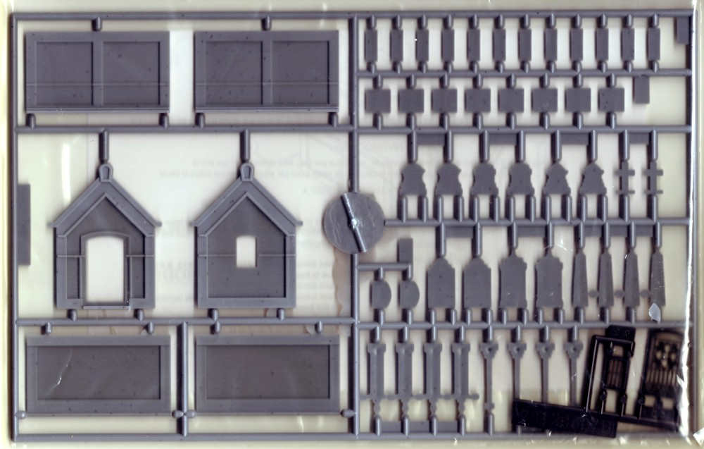 Image 0 of Mouse Models HO Mausoleum Kit w/20 Tombstones