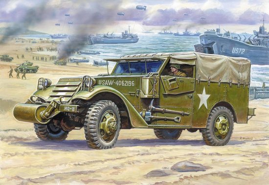 Zvezda 1/35 M3 Armored Scout Car w/Canvas-Type Cover